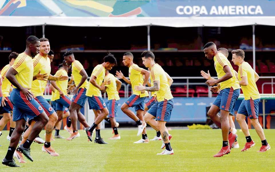 Esta es la titular de la selección Colombia para el día de hoy