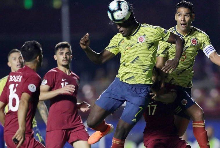 Duvan Zapata rompe el muro catarí y clasifica a Colombia