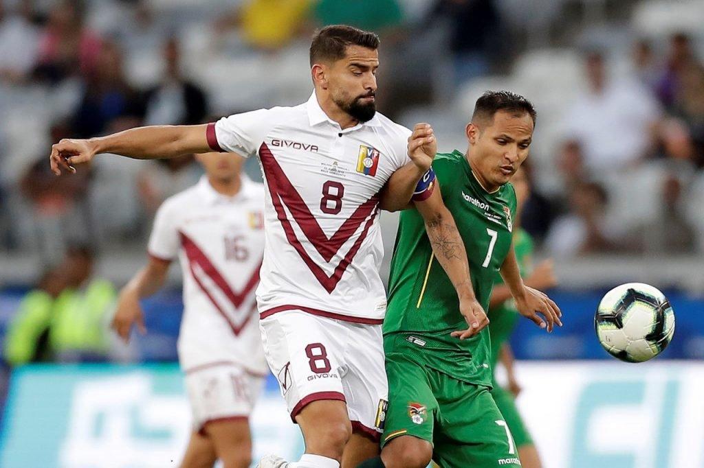 Venezuela elimina a Bolivia al ganarle por 1-3 y se mete en los cuartos y Brasil goleo y Perú teme por su clasificación