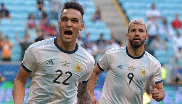 Lautaro y Agüero acaban con las dudas y Argentina jugará los cuartos