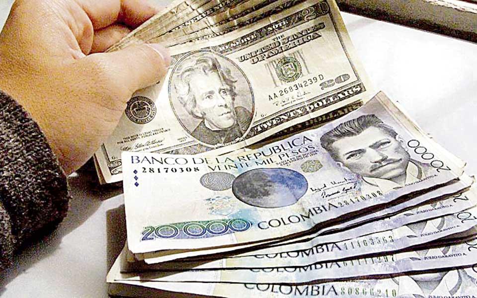 El Peso Colombiano Baja Un 2 82
