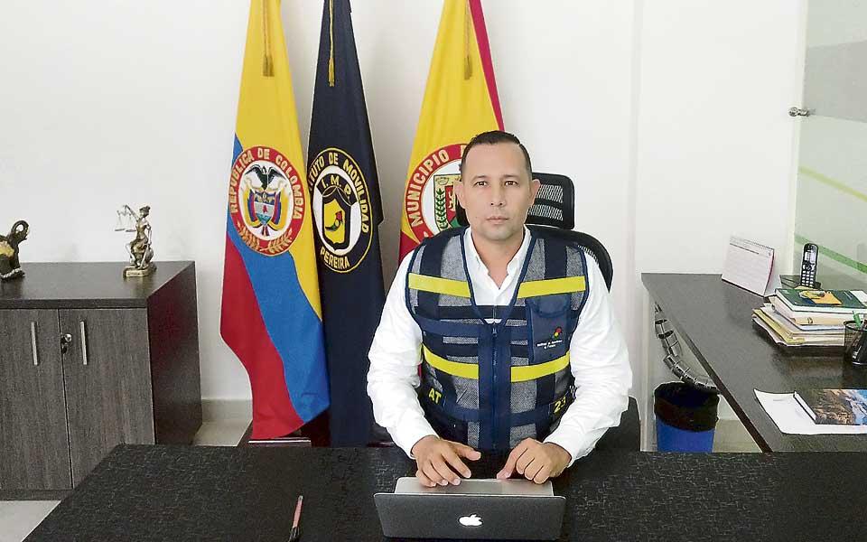 No habrá guardas de tránsito escondidos detrás de árboles para generar  multas en Pereira - El Diario