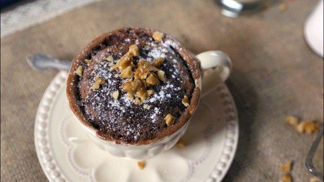 Mug Cake de Chocolate, sugerido por Sala de Prensa de Samsung.