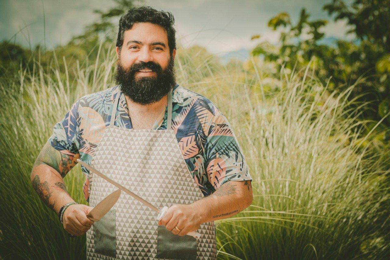 Cocinar para papá en su día especial / El chef Juan José Rivera Saab