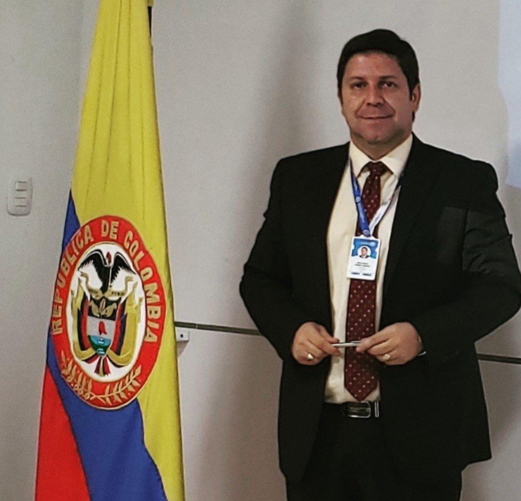 Felicitaciones / José Gabriel Obando, profesor del programa Contaduría Pública de la Universidad Cooperativa de Colombia