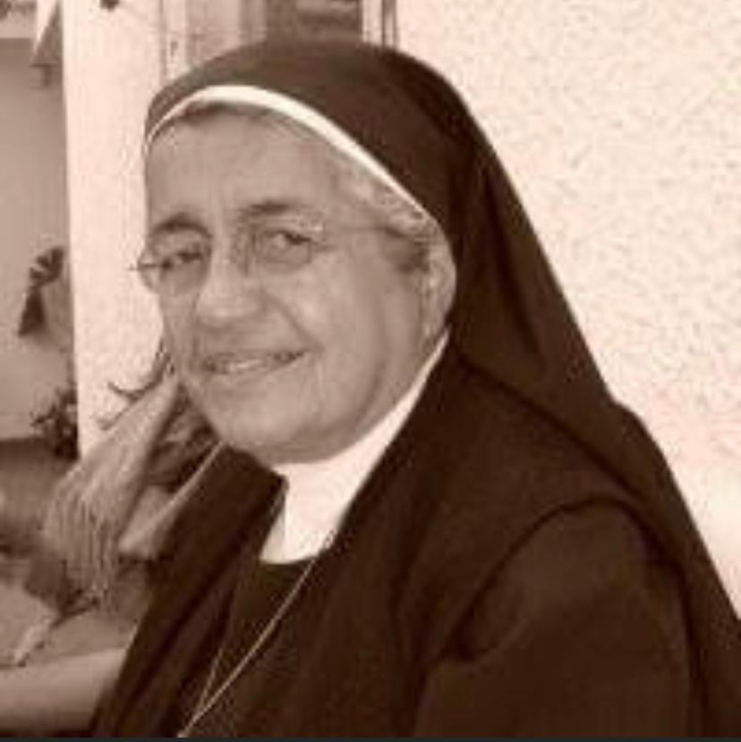 Sensible fallecimiento de la madre Socorro Gutiérrez Valencia